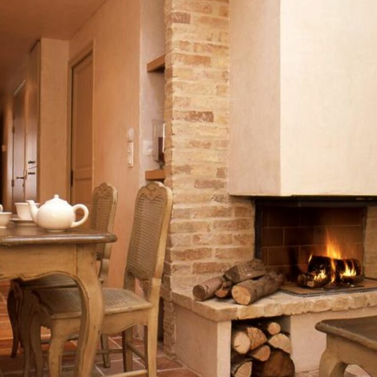 Les maisons de l a hotel restaurant spa de charme for Charme design boutique hotel favignana