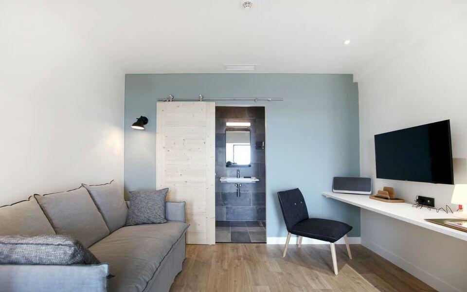 dormir sur la plage a design boutique hotel marennes france. Black Bedroom Furniture Sets. Home Design Ideas