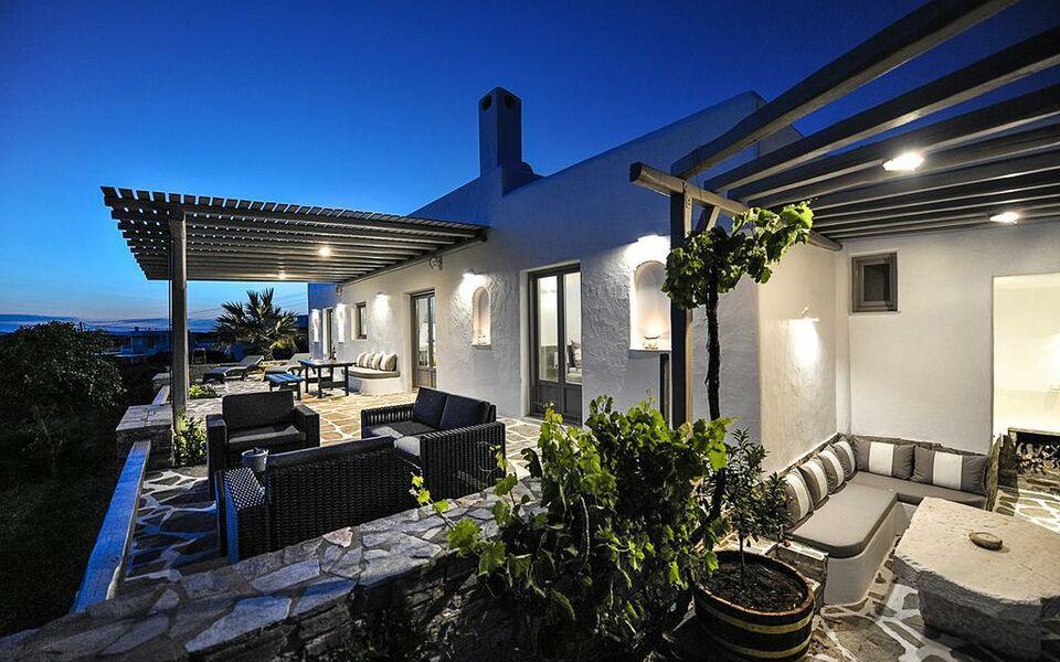 Villa aliki a design boutique hotel paros greece for Boutique hotel paros