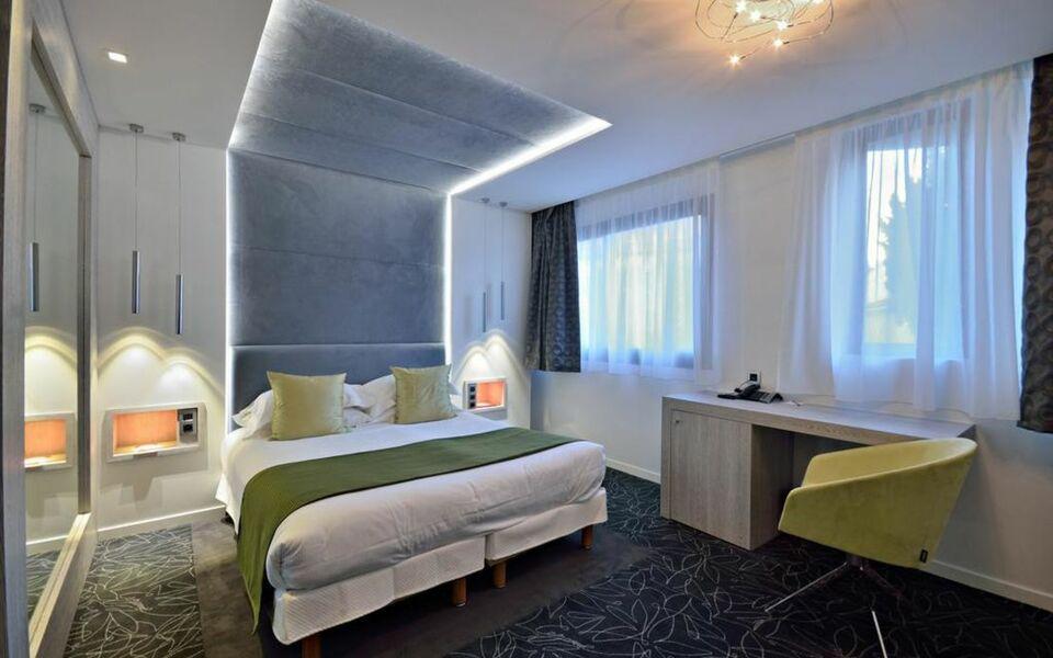 C zanne h tel spa a design boutique hotel cannes france for Hotel cezanne boutique hotel