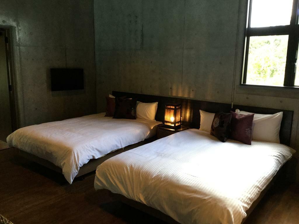Magachabaru okinawa a design boutique hotel nakijin japan for Design hotel okinawa