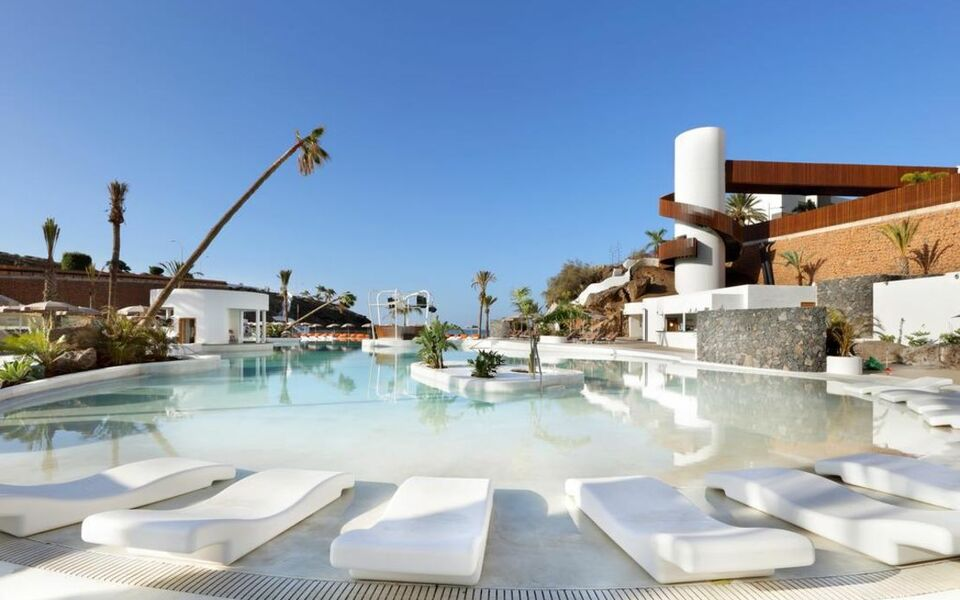 Hard rock hotel tenerife a design boutique hotel adeje spain for Teneriffa design hotel