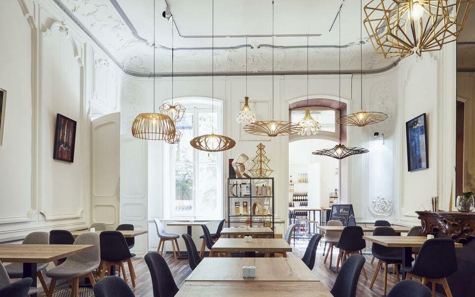 H tel maison montgrand vieux port a design boutique for Boutique hotel marseille