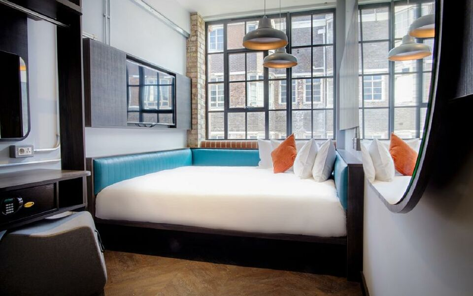 New Road Hotel, London (5)
