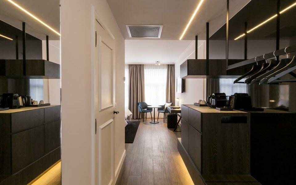 hotel rubens grote markt a design boutique hotel antwerp belgium. Black Bedroom Furniture Sets. Home Design Ideas