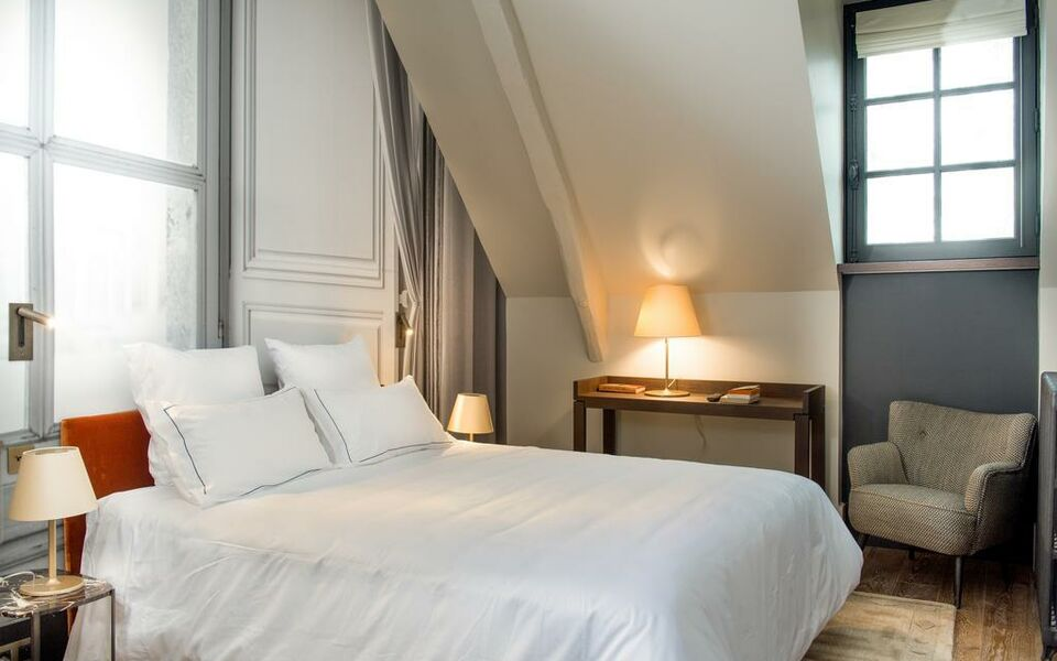 Relais de chambord small luxury hotels of the world a for Small luxury hotels around the world