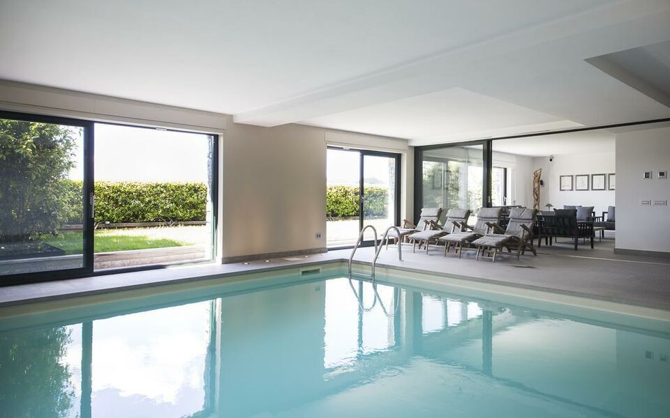 My apartment with pool, Como (1)