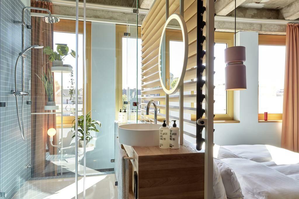 25hours hotel the circle a design boutique hotel k ln germany. Black Bedroom Furniture Sets. Home Design Ideas