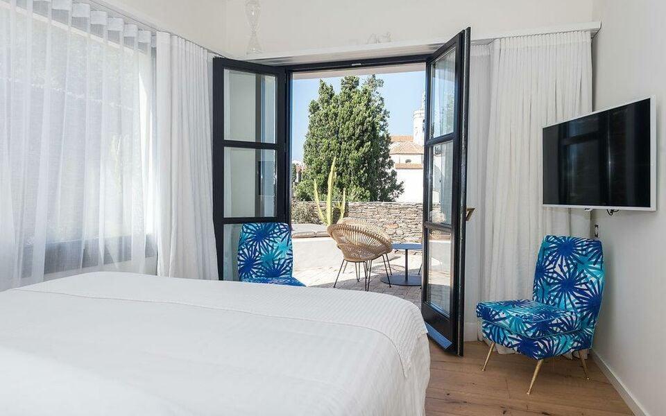 boutique hotel villa gala cadaqu s espagne my boutique hotel. Black Bedroom Furniture Sets. Home Design Ideas