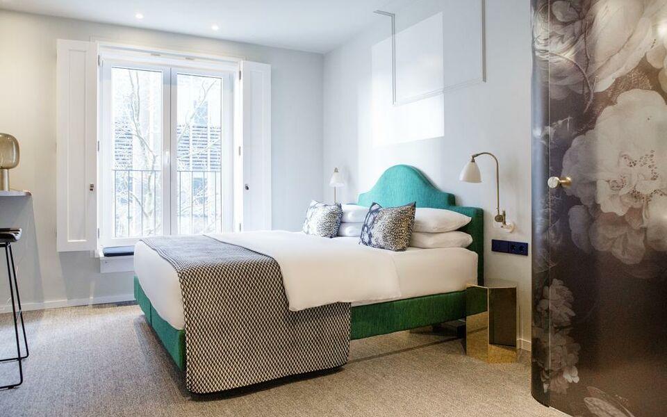 the fritz d sseldorf k nigsallee d sseldorf deutschland. Black Bedroom Furniture Sets. Home Design Ideas
