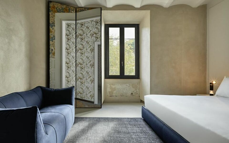 The Rooms of Rome - Palazzo Rhinoceros | Designed by Jean Nouvel |, Rome (2)