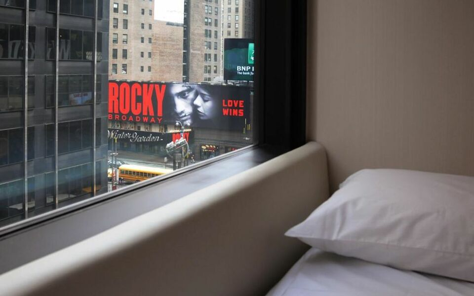 citizenM New York Times Square, New York, Times Square (5)