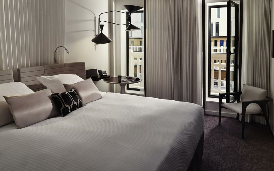 Molitor paris by mgallery paris france my boutique hotel for The molitor hotel