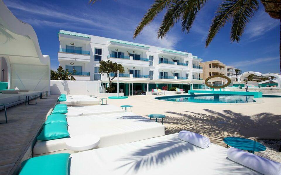 Santos ibiza coast suites a design boutique hotel ibiza for Design boutique hotels ibiza