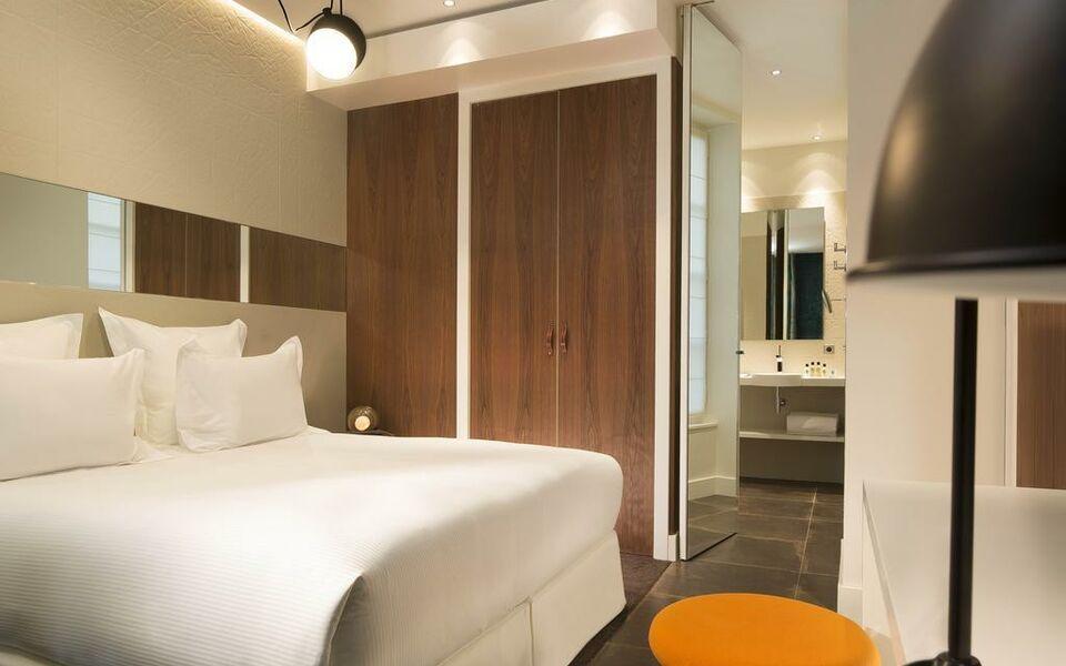Hotel dupond smith paris france my boutique hotel - Hotel paris chambre 4 personnes ...