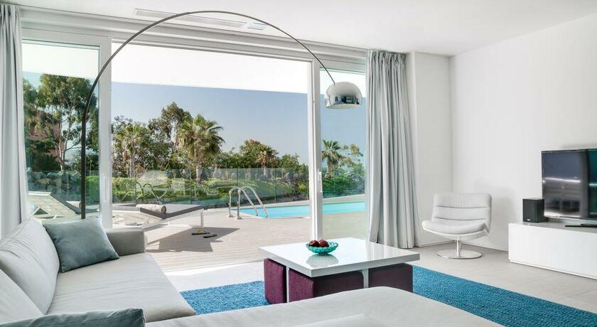 Hotel baobab suites a design boutique hotel adeje spain for Designhotel teneriffa