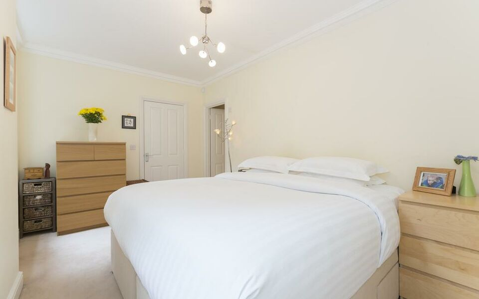 onefinestay - Covent Garden apartments, London, Central London (1)