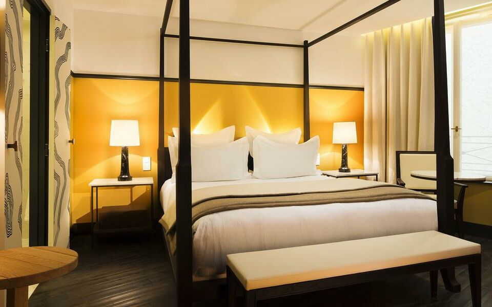 The chess hotel a design boutique hotel paris france for The design hotel paris