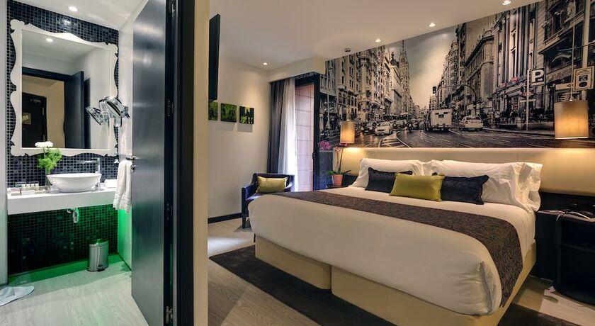 chambre lit king size standard pour personnes mobilit rduitenon fumeurs - Chambre Lit King Size