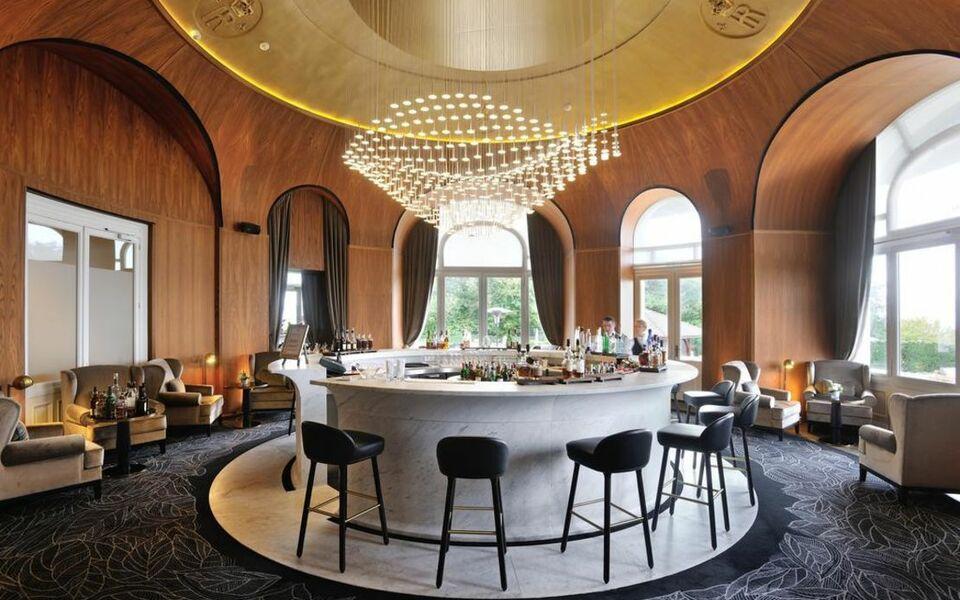 H tel royal a design boutique hotel vian les bains france - Hotel royal evian les bains ...