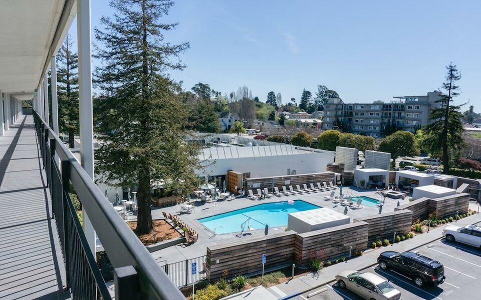 Hotel Paradox Santa Cruz Restaurant
