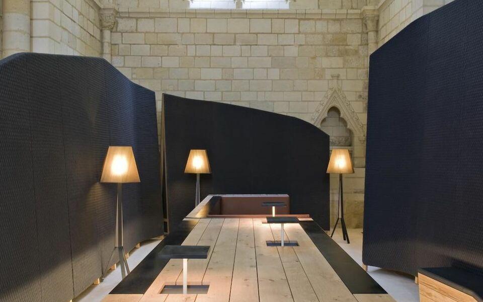 fontevraud l 39 h tel fontevraud l 39 abbaye frankreich. Black Bedroom Furniture Sets. Home Design Ideas