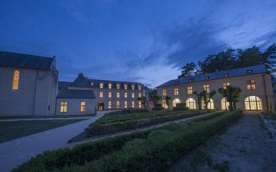 fontevraud l 39 h tel a design boutique hotel fontevraud l 39 abbaye france. Black Bedroom Furniture Sets. Home Design Ideas