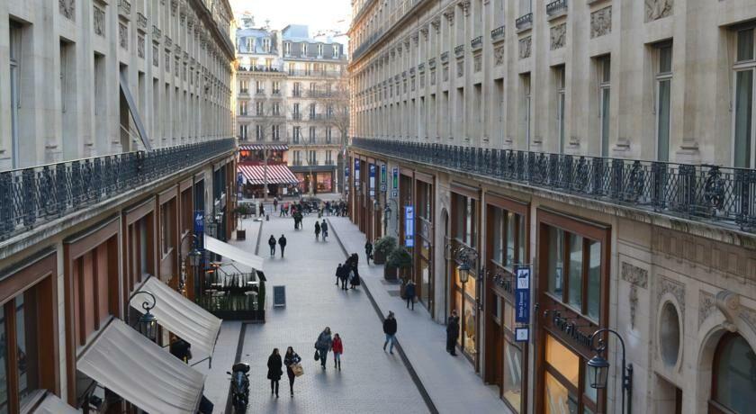 Hotel Indigo Paris Standard Room