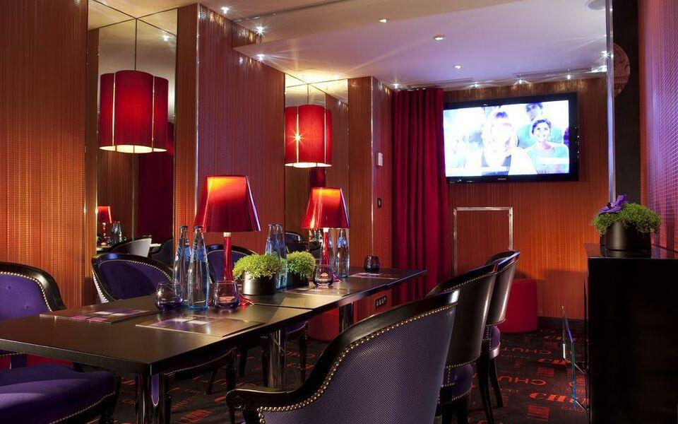 hotel design secret de paris a design boutique hotel paris france. Black Bedroom Furniture Sets. Home Design Ideas