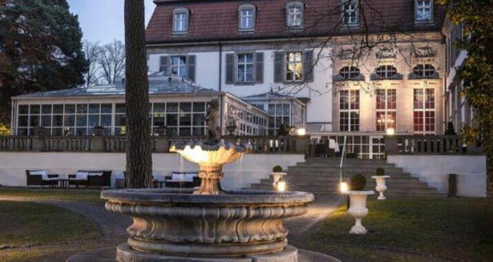 schlosshotel im grunewald a design boutique hotel berlin germany. Black Bedroom Furniture Sets. Home Design Ideas