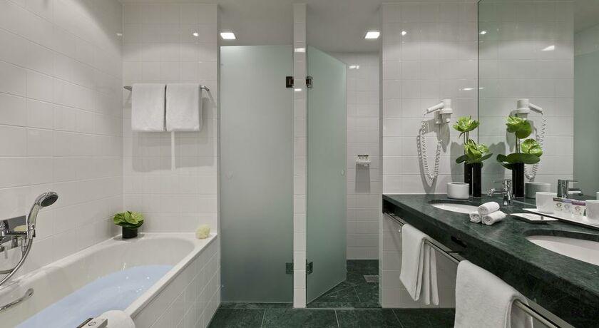 sofitel berlin kurf rstendamm berlin allemagne my boutique hotel. Black Bedroom Furniture Sets. Home Design Ideas