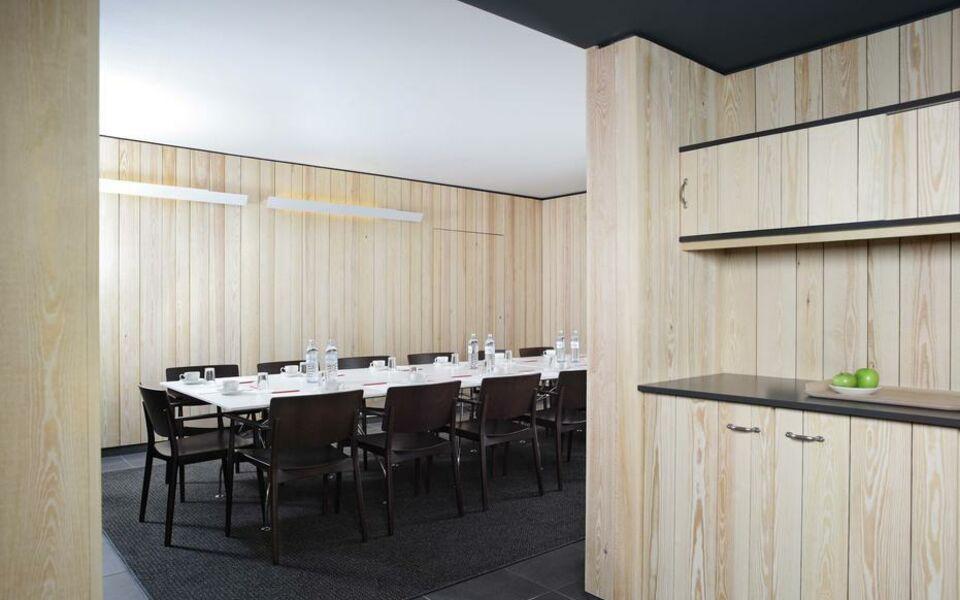 casa camper berlin berlin deutschland. Black Bedroom Furniture Sets. Home Design Ideas
