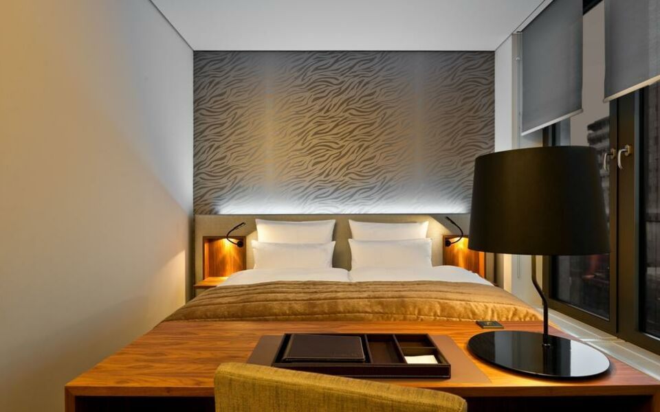 cosmo hotel berlin mitte berlin deutschland. Black Bedroom Furniture Sets. Home Design Ideas