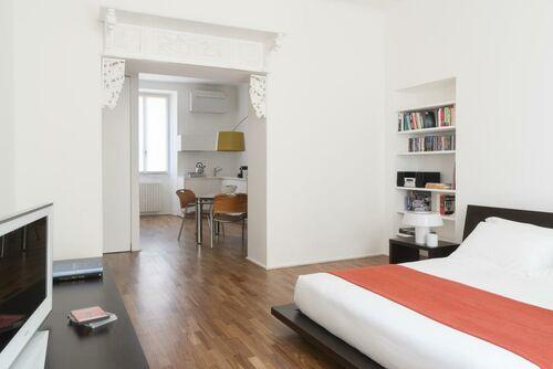 Apartments milano center a design boutique hotel milan italy for Via san fermo milano