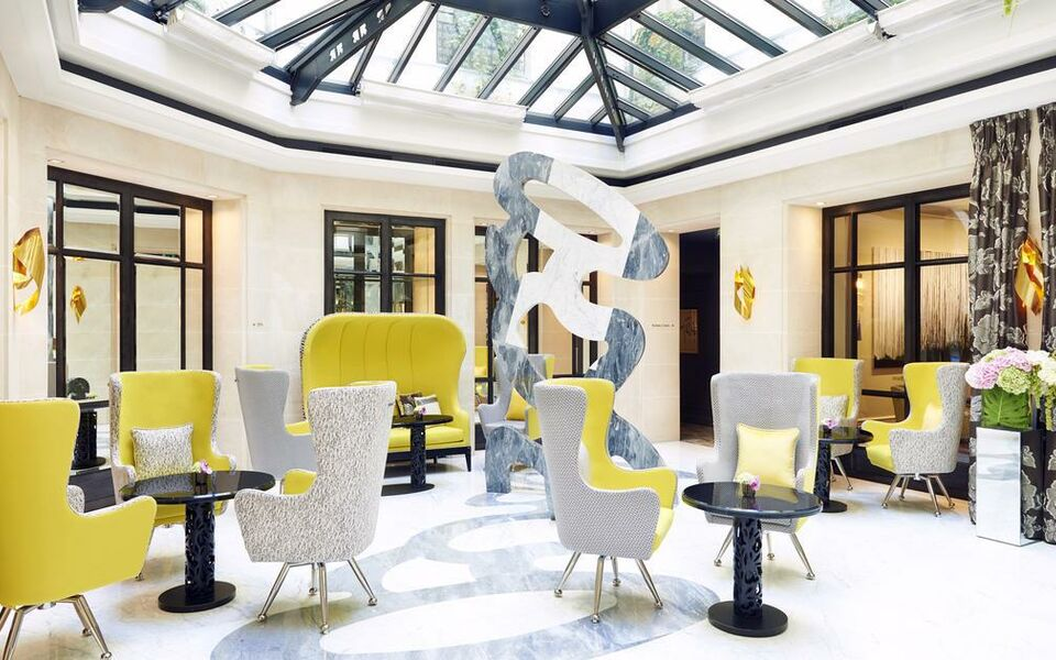 Le burgundy paris a design boutique hotel paris france for Design hotels france
