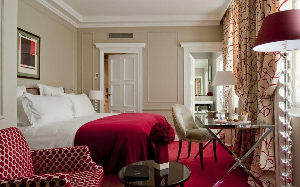 Le burgundy paris a design boutique hotel paris france for Hotel boutique france