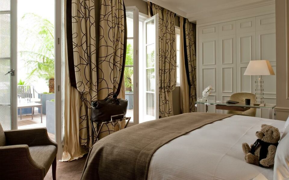 Le burgundy paris a design boutique hotel paris france for Boutique hotel paris 16