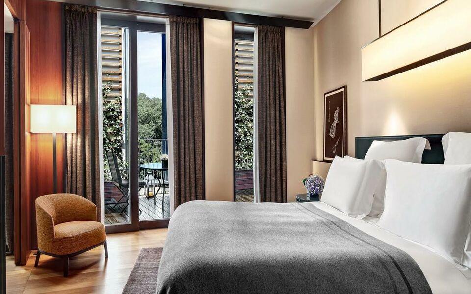 Bulgari hotel milano a design boutique hotel milan italy for Boutique hotel milano