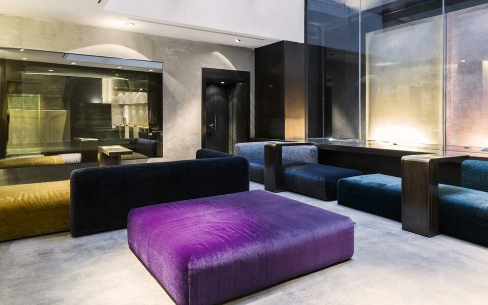 Straf a member of design hotels milano italia for Member of design hotels
