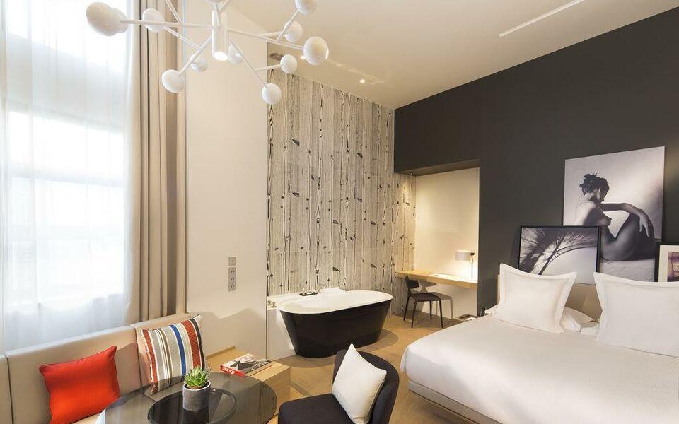 Le cinq codet paris france my boutique hotel for Boutique hotel 7eme