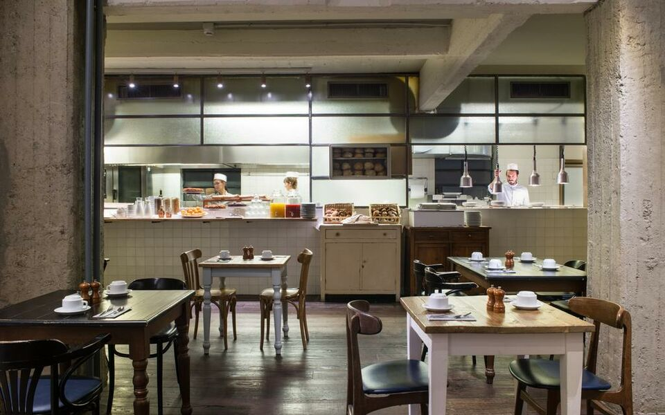 C hotels ambasciatori a design boutique hotel florence italy for Hotel design florence