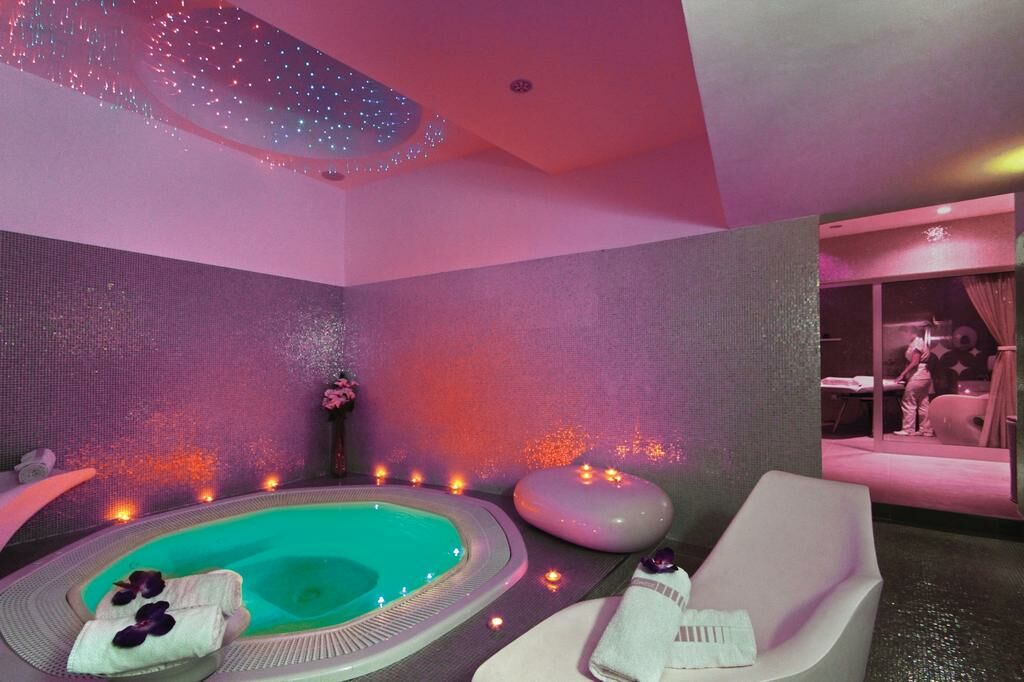 Hotels In Weymouth With Jacuzzi In Room