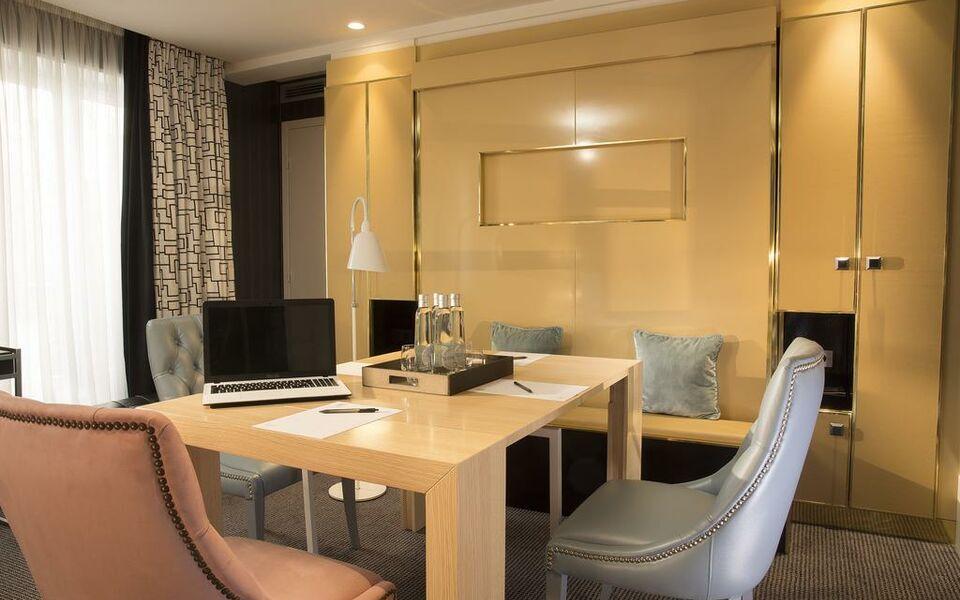 H tel baume a design boutique hotel paris france for Design hotel des francs garcons saint sauvant