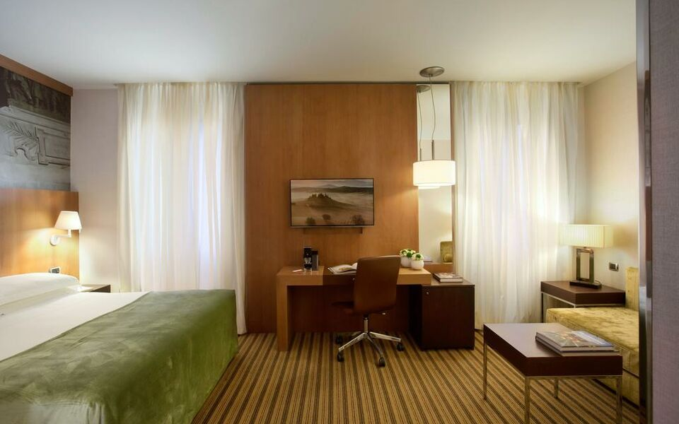 Starhotels ritz a design boutique hotel milan italy for Boutique hotel ritz