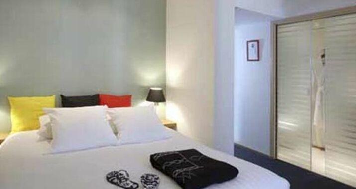 Saint Sauvant Hotel