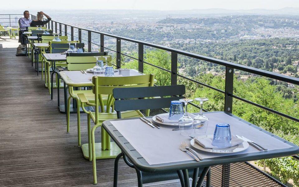 Restaurant Ermitage Saint Cyre Au Mont D Or