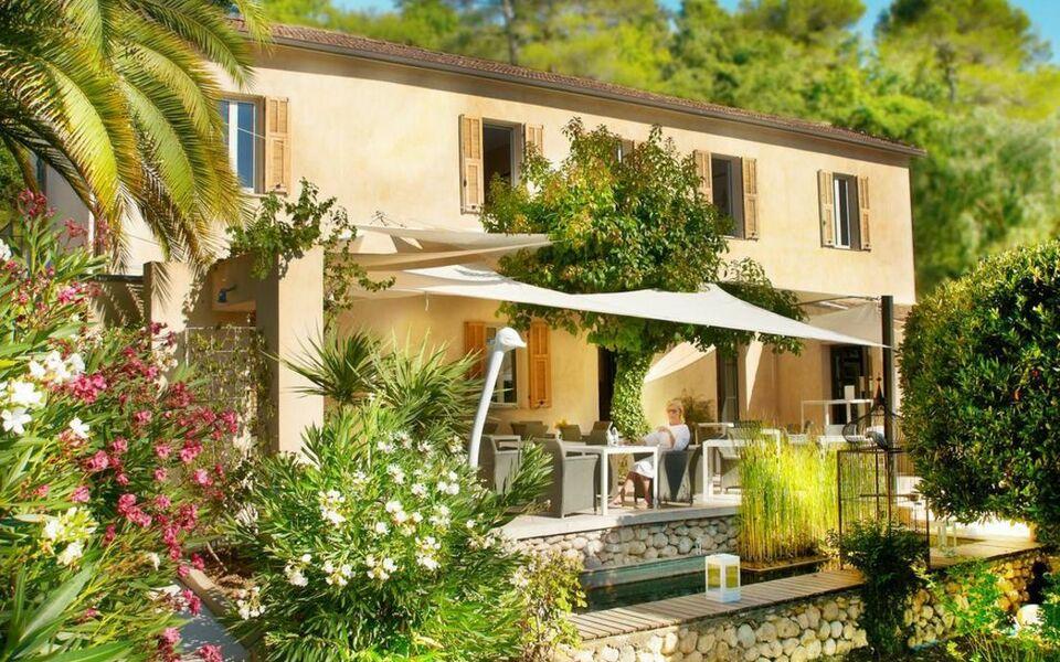 Toile blanche a design boutique hotel saint paul de vence for Design hotel des francs garcons saint sauvant
