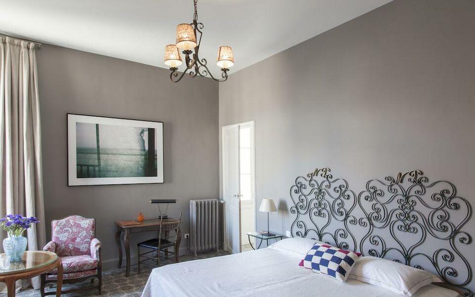 grand h tel nord pinus a design boutique hotel arles france. Black Bedroom Furniture Sets. Home Design Ideas