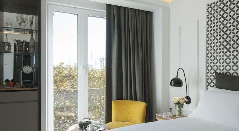 Hotel the serras barcelone espagne my boutique hotel for Chambre communicante definition
