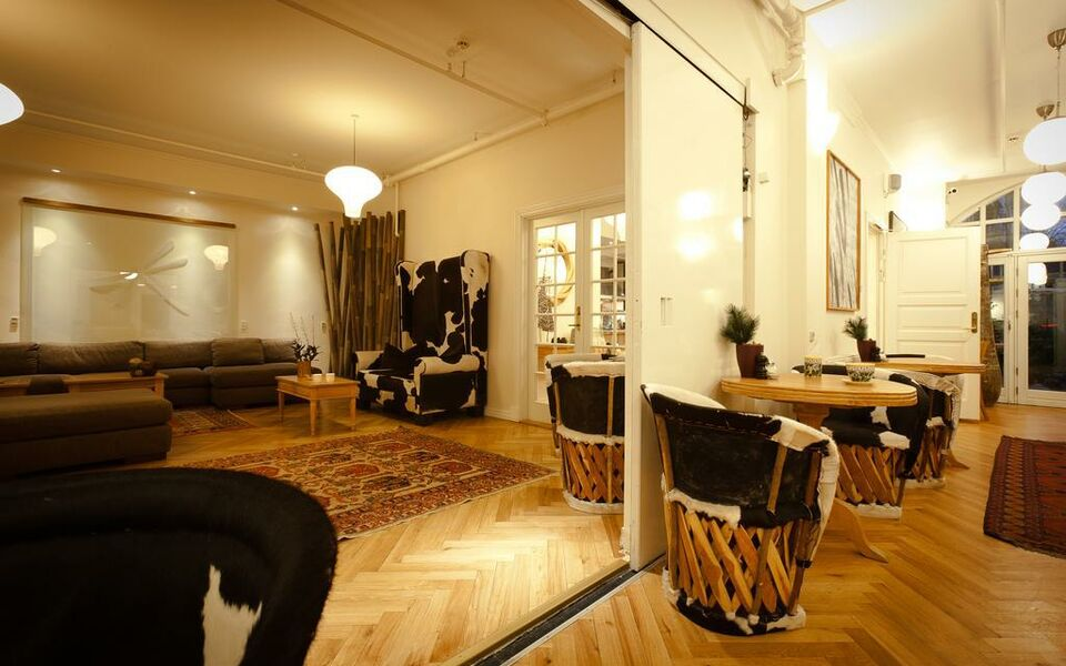 bertrams guldsmeden a design boutique hotel copenhagen. Black Bedroom Furniture Sets. Home Design Ideas